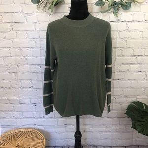 AEO Green & white striped light weight sweater